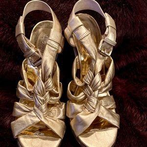 Gorgeous Micheal Kors Metallic Leather Gold Heels